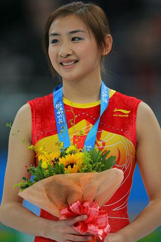 一眼相中的奥运金牌美女 何雯娜