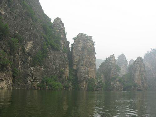 即:辽宁省与河北省,葫芦岛市,朝阳市和秦皇岛市的交界地带.