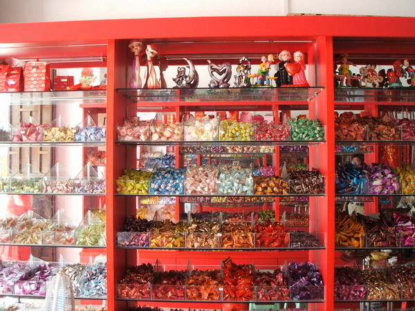 瓜子糖果店装修图片